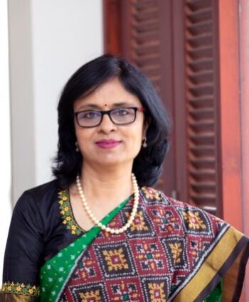 Dr Vidya